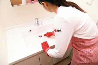 化粧品や整髪料の固形汚れや、カビ・水アカなどまとめてキレイに。
